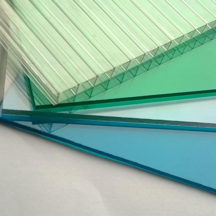 PC廠家分析耐力板與陽光板哪個比較好?
